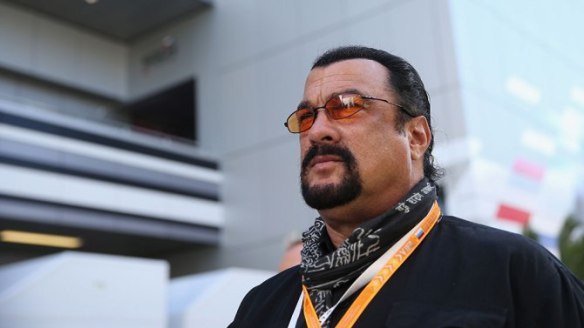 steven-seagal-end-of-a-gun
